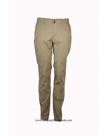 Pertegaz pantalón chino camel