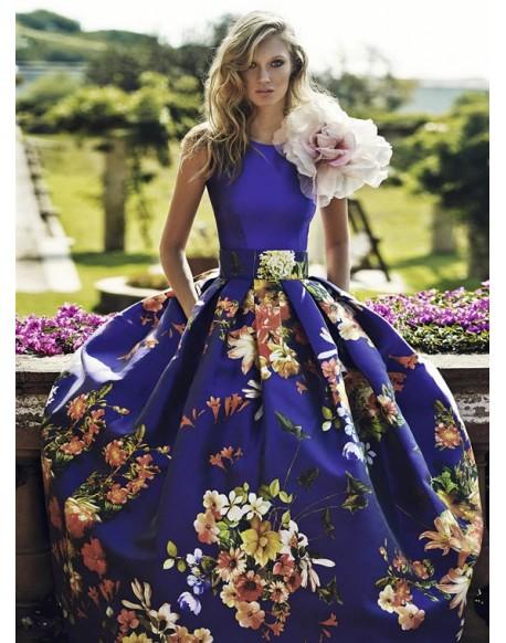 Matilde Cano vestido morado estampado floral