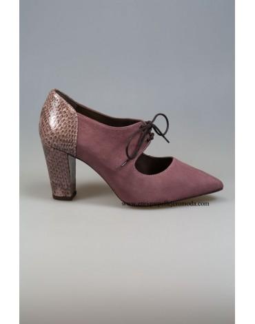 Daniela zapatos rosas combinados