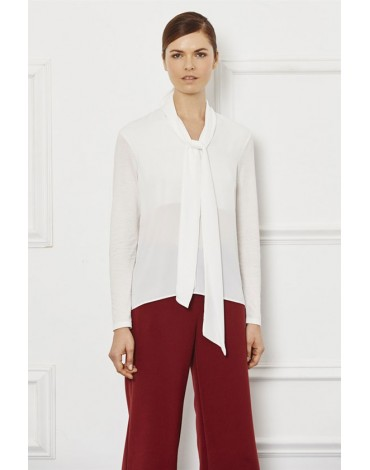 Escorpion white blouse with bow
