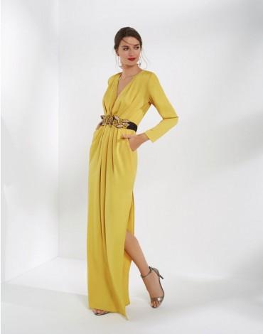 Matilde Cano vestido largo amarillo