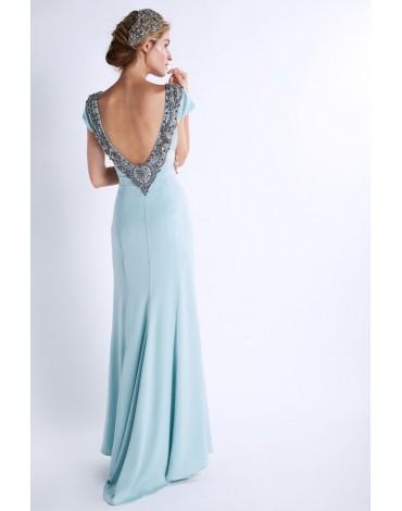 Matilde Cano vestido pedreria escote espalda