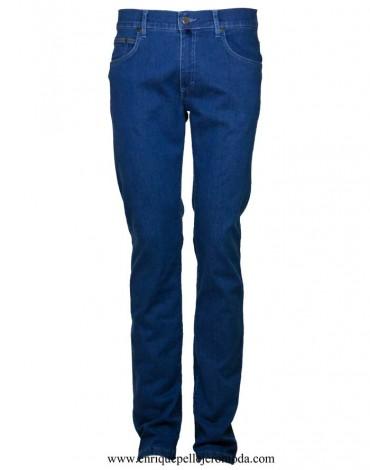 Pertegaz pantalón vaquero azul medio