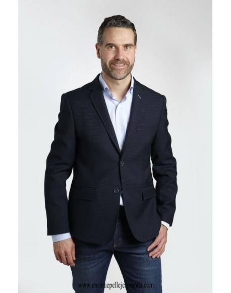 Navy blue jacket moles Enrique Pellejero