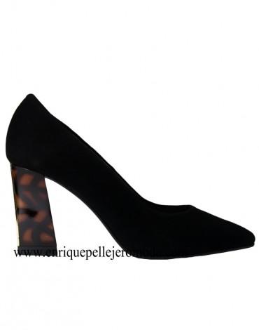 Daniela zapatos negros tacón carey