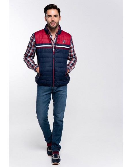 Valecuatro garnet reversible vest