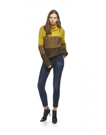 MdM gooseneck sweater