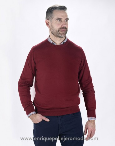 Pertegaz maroon sweater man