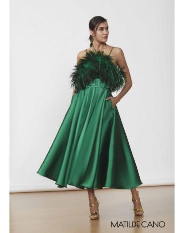 Matilde Cano vestido verde seda plumas