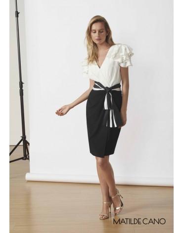 Matilde Cano vestido blanco negro