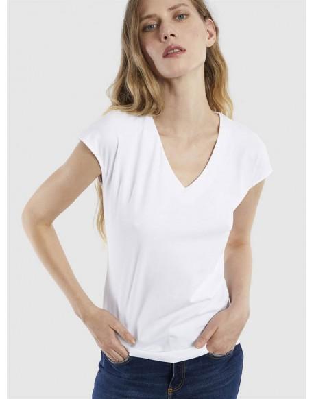 Escorpion camiseta blanca pico