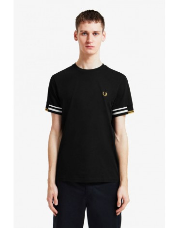Fred Perry camiseta negra diseño abstracto
