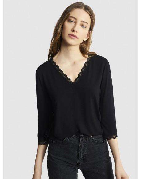Escorpion camiseta negra lencera