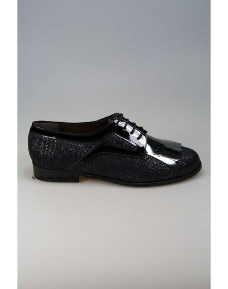 Daniela black patent leather shoes