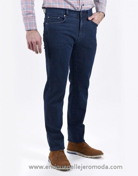 Pertegaz pantalón vaquero azul oscuro