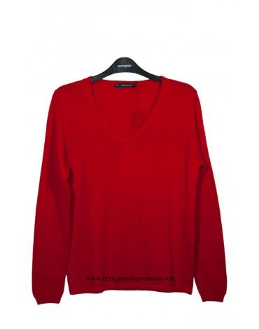Escorpion red sweater
