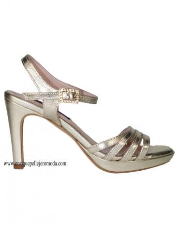 Daniela sandalias tiras doradas