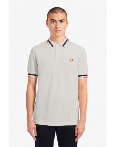 Fred Perry polo blanco nieve ribete abstracto