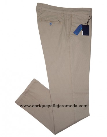 Pertegaz chino beige drawing
