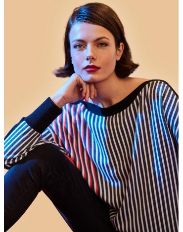 Escorpion vertical striped sweater