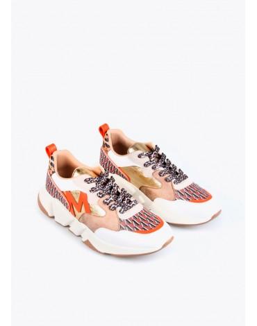 Sneakers logo Maite Lola Casademunt